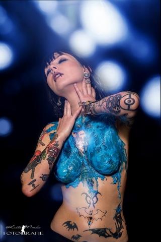 Blaues Flüssiglatex